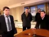 Свободовцы избили руководителя первого национального канала за трансляцию речи Путина